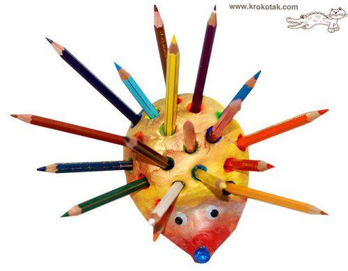 Un hérisson porte-crayons