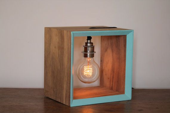 Lampe fluorescente d'édition Ltd. Edison par MatHibbertDesigns, £145.00