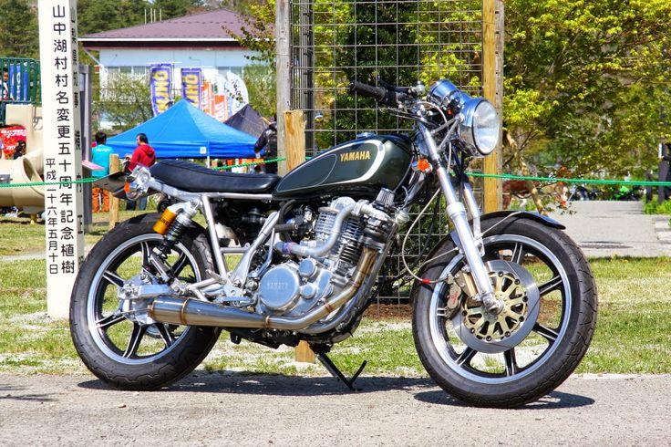 Racing Cafè: Yamaha SR 400 2013 by Performance Cycle Shaft & Bike Garage Thruxton