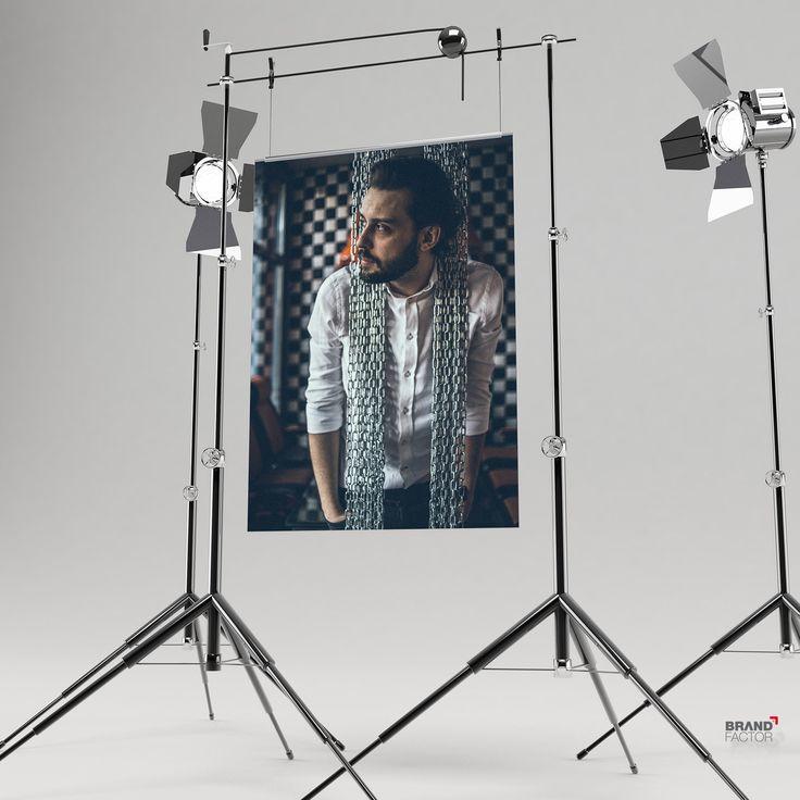 Tomek Makowiecki fotosesja na okładkę magazynu HELLO! MODLIN  #foto #photo #makowiecki #gdansk #agencjabrandfactor #brandfactor #studio #cover #advertising  #agency  #agencja