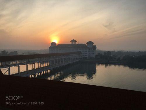 Port Klang by hiroshisongs  hiroshisongs