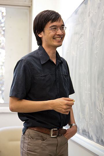 Terence Tao of the University of California, Los Angeles, has proposed a solution to the long-standing Erdős discrepancy problem.