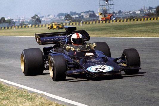 #12 Dave Walker (Aus) - JPS Lotus 72D (Ford Cosworth V8) used pit tools to repair car (20) John Player Team Lotus