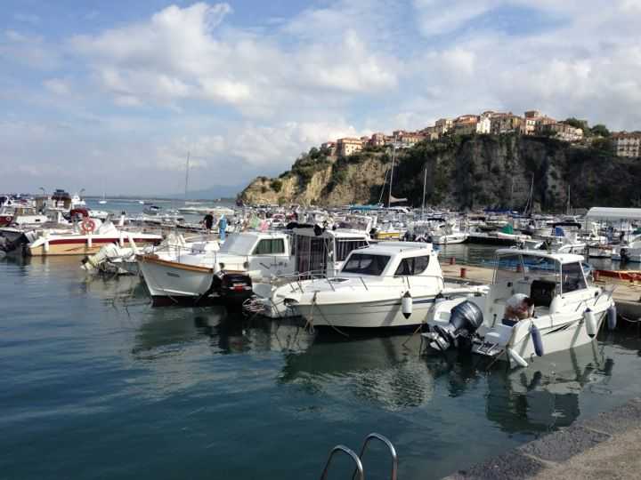 Agropoli, magic town on the beach. Discover it, book now at www.savoybeach.it