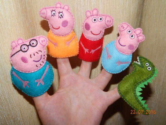 Peppa pig familia títeres.  Regalo Títeres de por BBHandcrafts