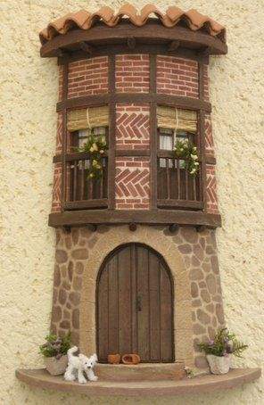 456 best barro decorado images on pinterest roof tiles for Puertas de tejas decoradas