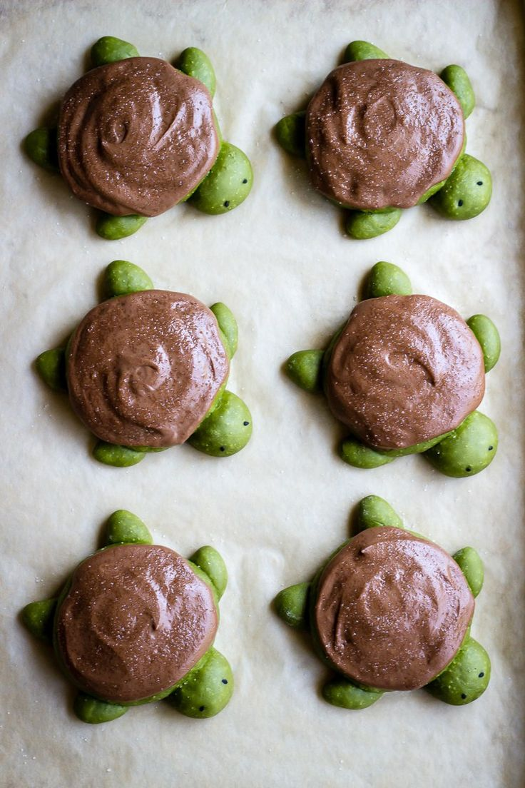MATCHA MILK BREAD TURTLES | WITH CHOCOLATE DUTCH CRUNCH