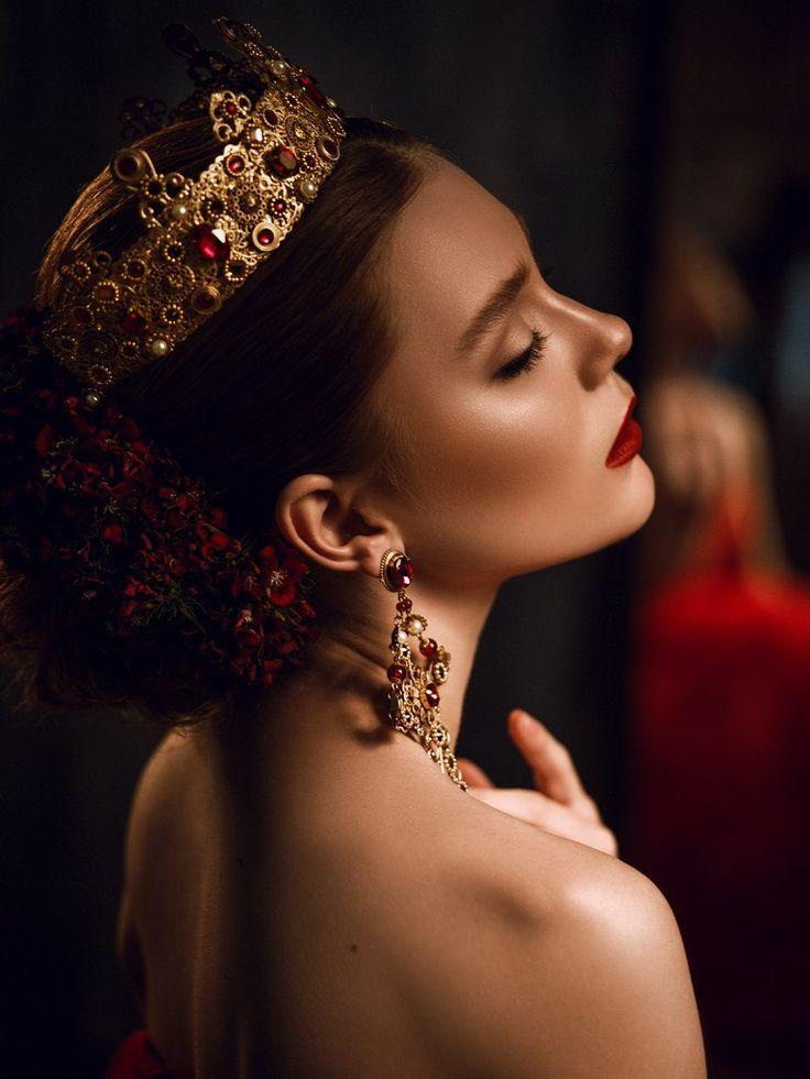 фото с короной на голове рестораны