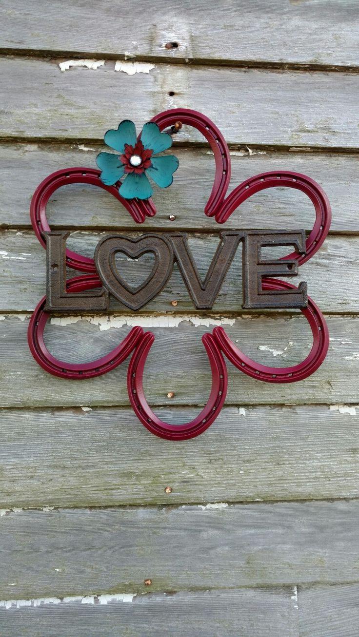 Horseshoe Love Wreath                                                       …