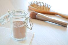 Cheveux : le cas du shampoing sec pour espacer les lavages (DIY)