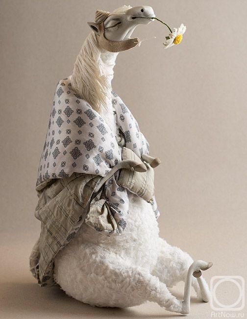 Соколова Надежда. Лошадь белая