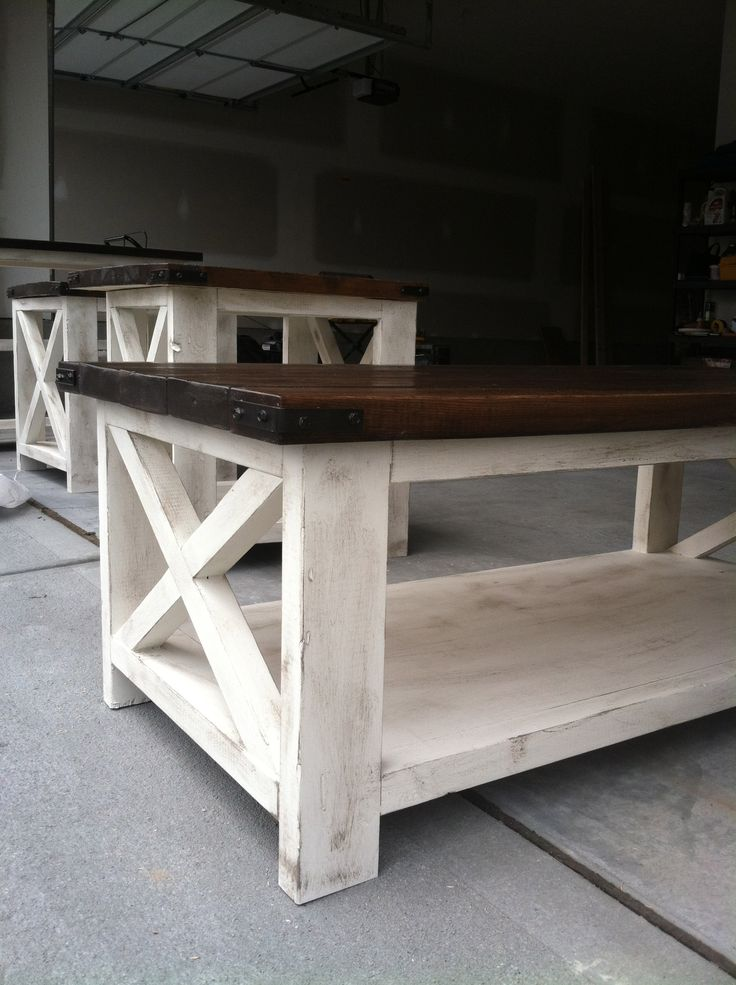 White Rustic Coffee Table Set