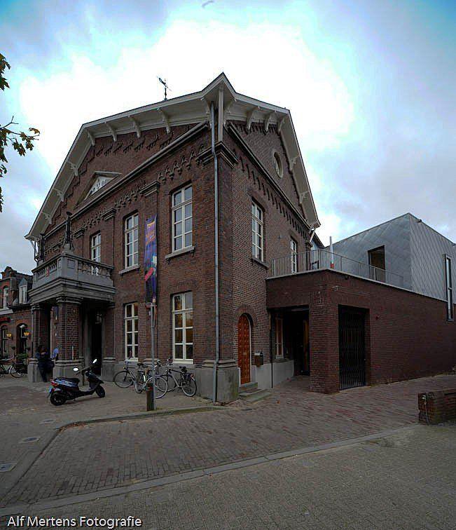 'T RAODHOES. Theater, culturele en commerciële ruimtes. Kijk op Walhalla.com voor meer interieur-inspiratie!