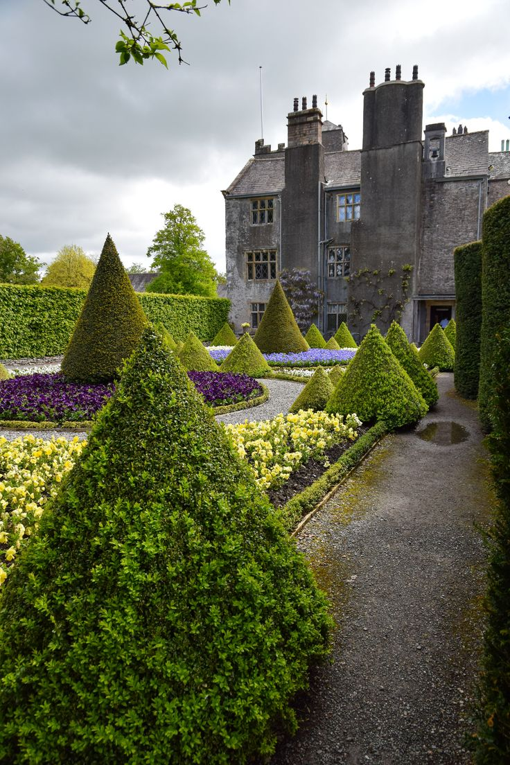Levens Hall and topiary gardens, Cumbria, England (Photo: H. Travis)