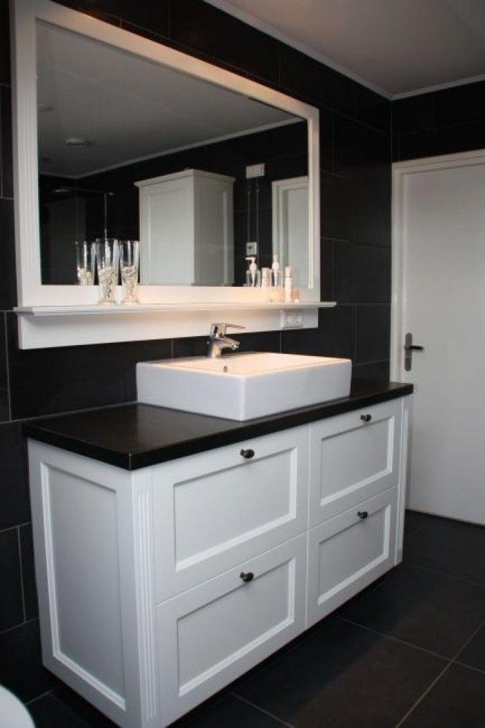 badkamermeubel zwart wit, fris en strak