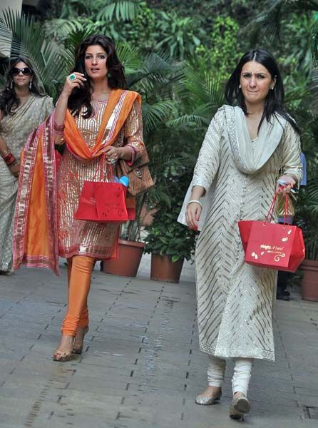 twinkle khanna baby shower - Google Search