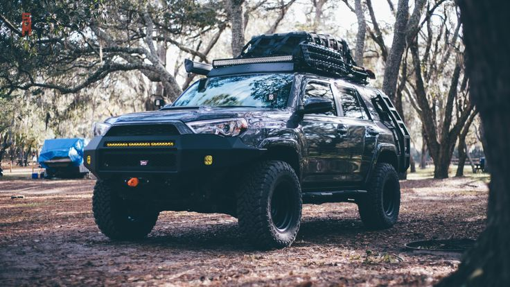 Making the #tacorunner #toyota4runner #toyotatrd #outfitted for #overlanding #adventure #explore and #getoffthecouch with #ROOFRACK #CARGONETS by #rainglernets #backcountry #4x4 #offroad #staythetrail #treadlightly #takeakidfishing #takeakidhunting #takeakidoutdoors #creatememories @tacorunner_