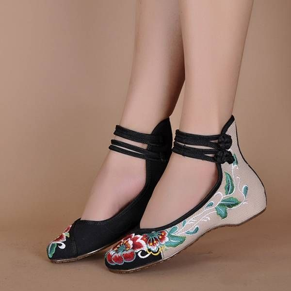 Women Mary Janes Chinese Embroidered Flower Flat Shoes Linen Loafers - US$19.98