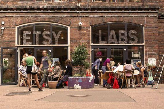 Etsy Labs in Berlin! (via Onika) In unseren Etsy Labs in Berlin-Kreuzberg finden regelmäßig kostenlose Events und Workshops statt.