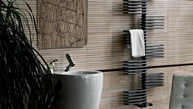 22 best salle de bain images on pinterest bathroom bathroom designs and bathroom ideas. Black Bedroom Furniture Sets. Home Design Ideas