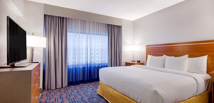 Embassy Suites Chicago - O'Hare/Rosemont Hotel, IL - King Bed | IL 60018