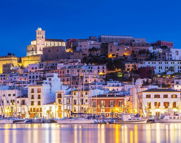 Ισπανία: Το ξέρατε ότι έχει πανέμορφα νησιά;
