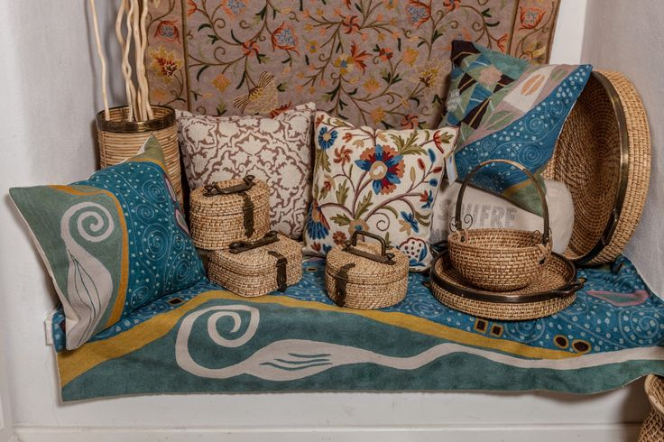 Colourful handmade carpets and cushions for the most elegant living room!