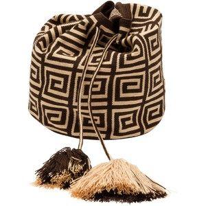 Mochila Drawstring Handbag http://www.farfetch.com/eg/shopping/women/item10521050.aspx