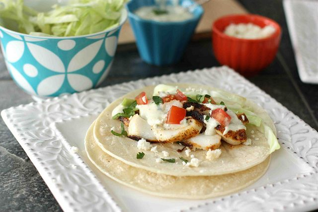 Fish tacos with creamy green chile cilantro sauce for Sauces for fish tacos