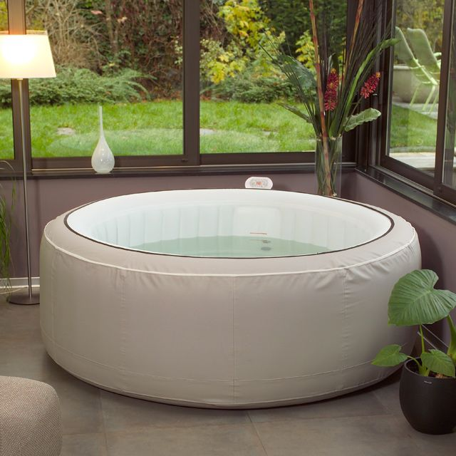 1000 id es sur le th me spa gonflable sur pinterest piscine gonflable jacuzzi gonflable et. Black Bedroom Furniture Sets. Home Design Ideas