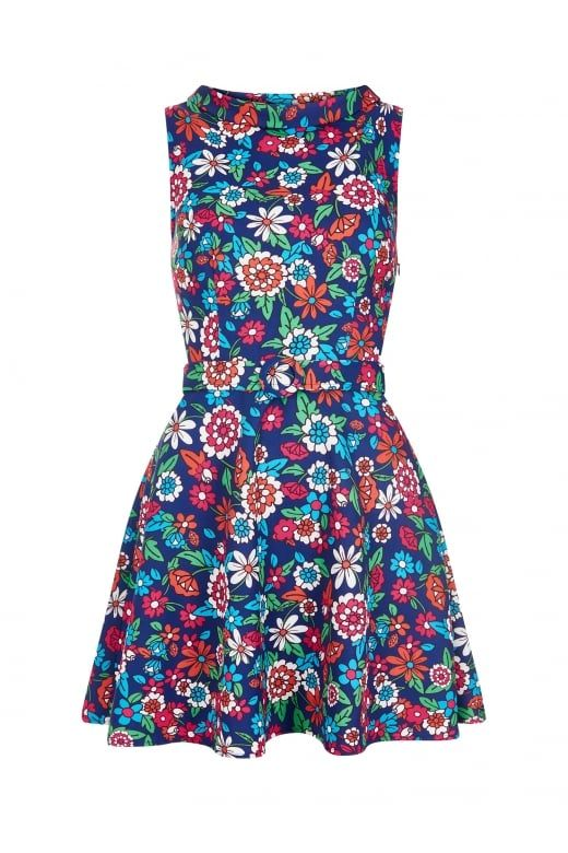 Collectif Bright & Beautiful Ruth 60's Floral Dress blue print jurk blauw bloemen print  https://www.collectif.co.uk/clothes-c1/flared-dresses-c3/ruth-60s-floral-dress-p3771