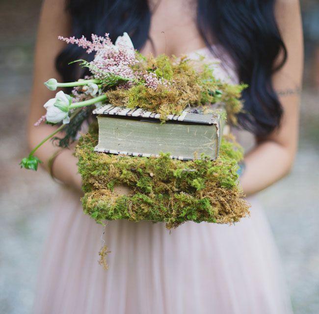 Green moss wedding