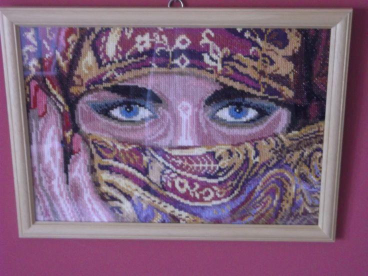lanarte-veiled woman