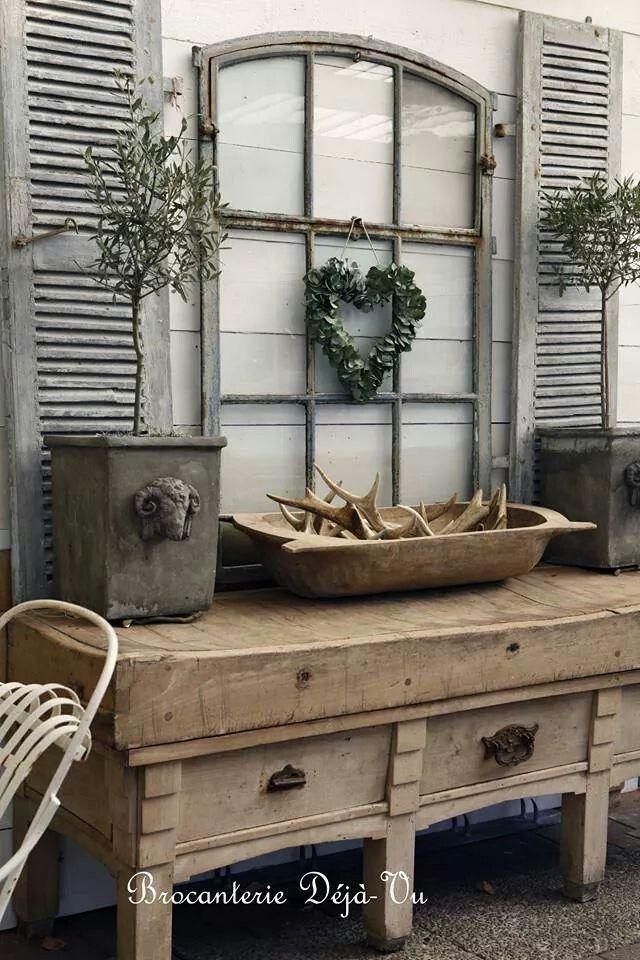 brocante d co vintage industrielle brocante campagne shutters pinterest shabby vignettes. Black Bedroom Furniture Sets. Home Design Ideas