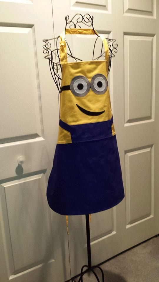 Minion adult apron by TeresaScholleDesigns on Etsy