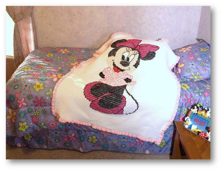 52 besten Mickey Mouse Bilder auf Pinterest | Häkeln, Kreuzstich und ...