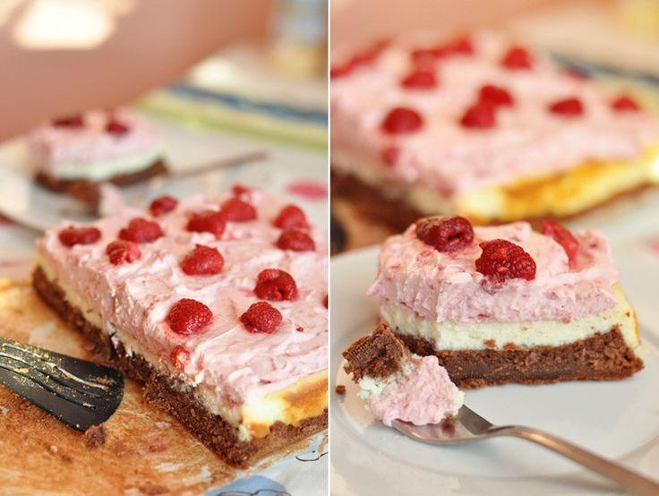 Десерт-проект vol.11: брауни с чизкейком, взбитыми сливками и малиной