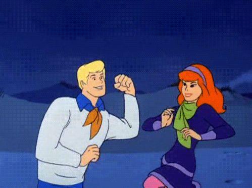 Recuerdas a los actores de Daphne y Freddy de la película de Scooby Doo? Siguen juntos!