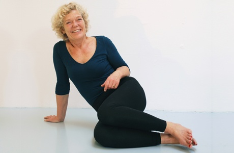 Jeanne Jensen  rolfer and connect tissue therapist  superb stuff :-)