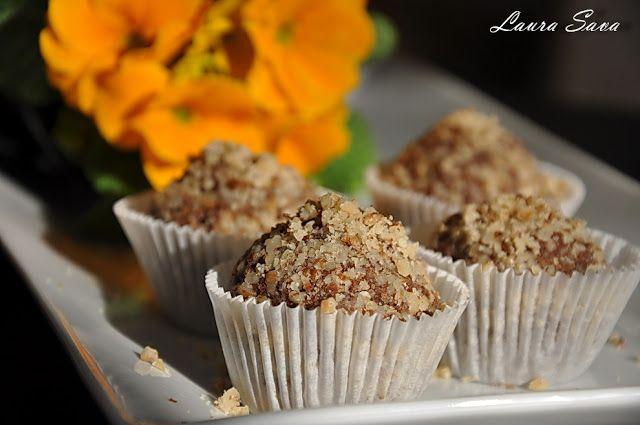 Trufe cu Nutella   Retete culinare cu Laura Sava