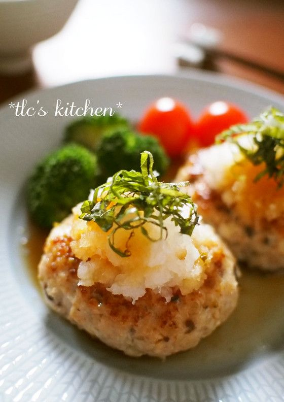 塩麹で美味しい♡椎茸入り鶏ハンバーグ