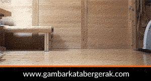 Gambar animasi kucing lucu bergerak, kucing lagi ngepel lantai :D