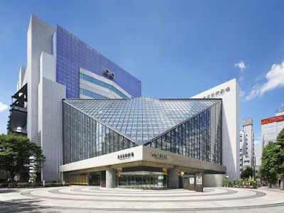 【けんちくのチカラ】常に建築から影響受け新たな「映像芝居」に挑む 現代美術家・束芋さんと東京芸術劇場 ~ 建設通信新聞の公式記事ブログ