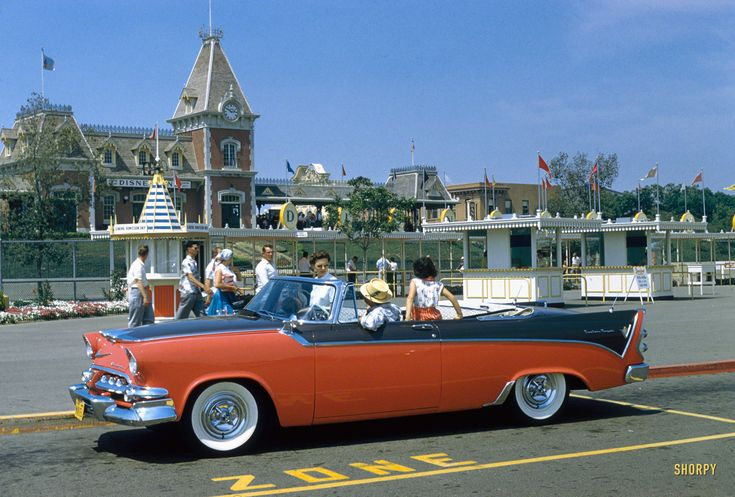 Shorpy Historic Picture Archive :: Disney Dodge: 1956 high-resolution photo