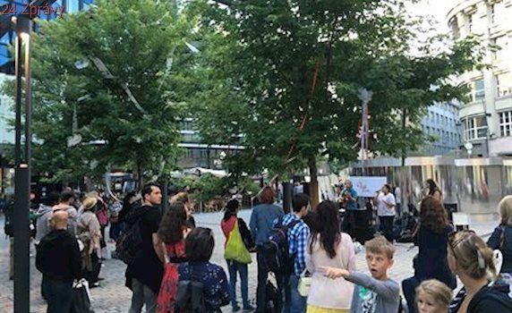 Hudba přímo u Kafkovy hlavy. V Praze začala akce Street Music in the city