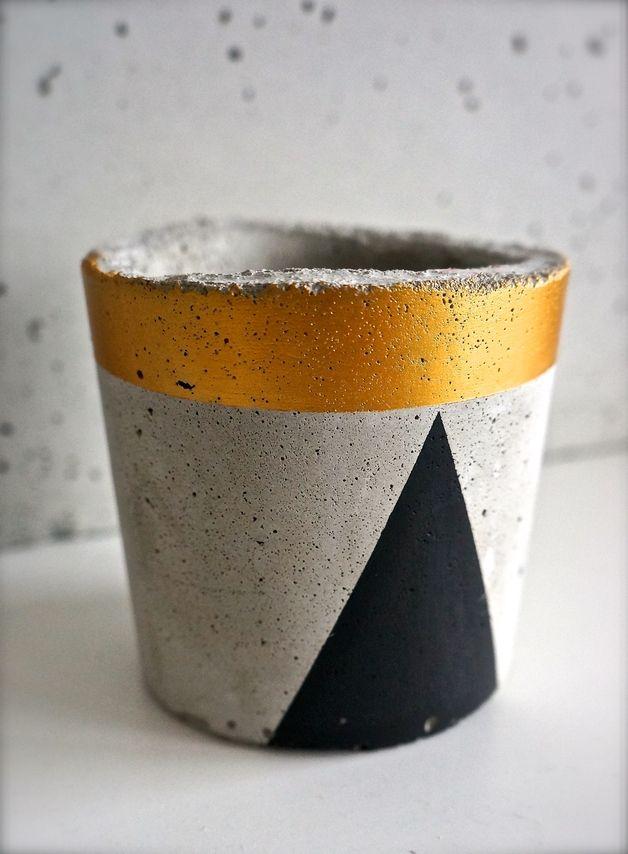 Doniczka betonowa / z betonu mała czarno złota - GrowRaw - Dekoracje