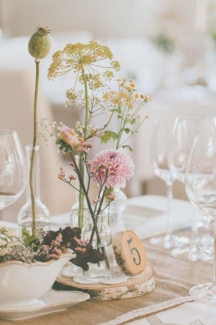 Bezaubernde Vintage Hochzeit Auf Schloss Schonborn Vintage Hochzeit Tischdeko Hochzeit Vintage Tischdekoration Hochzeit