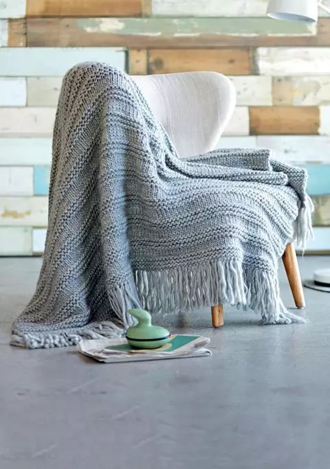 die besten 25 decke stricken ideen auf pinterest diy decke stricken decke stricken anleitung. Black Bedroom Furniture Sets. Home Design Ideas