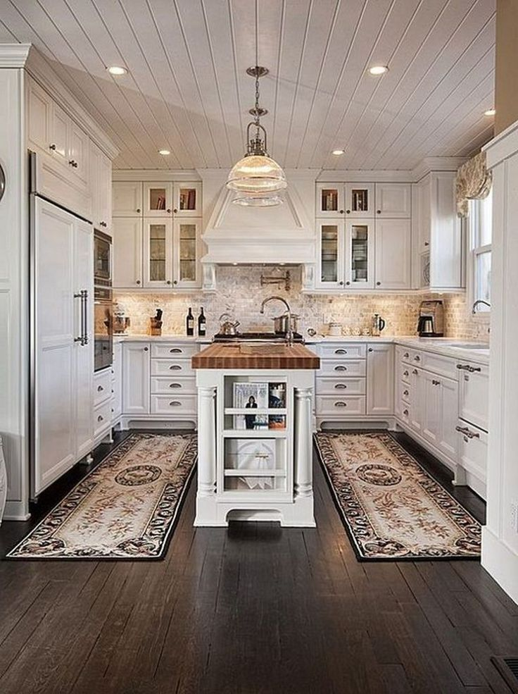 25 Top Traditional Kitchen Interior Design Ideas For Your Classic