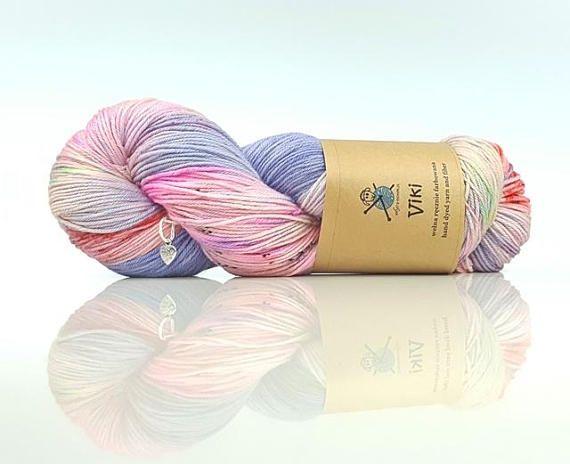 Hand dyed merino ekstra motek Viki yarn
